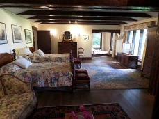 Inside Filberg's little lodge