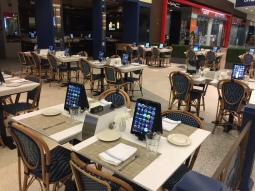 Nobody at Newark airport at 2am, but the iPads are sort of funky